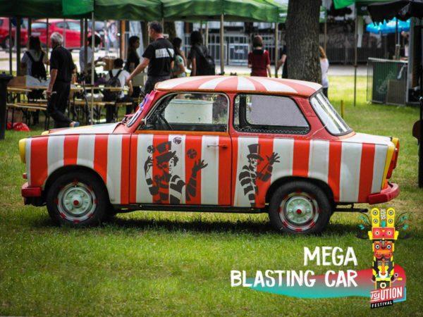 Mega Blasting Car, Revolution